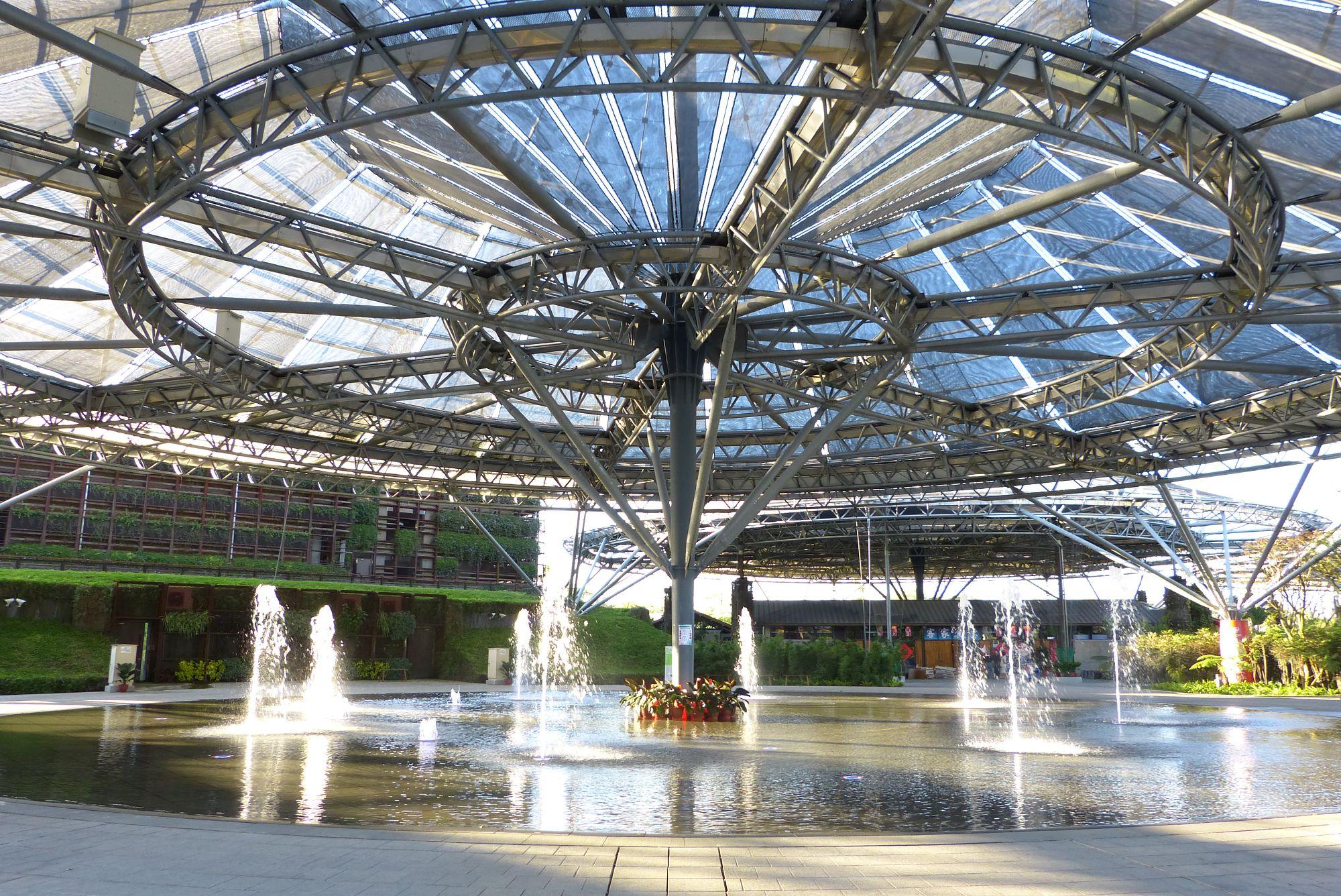 傘架客家聚落景觀區噴泉